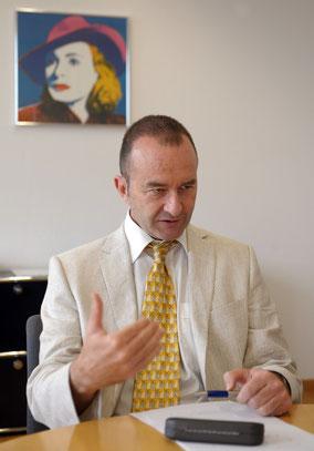 """""""Knapp 1000 Personen konnten wir in enger Zusammenarbeit mit den Arbeitgebern in den Arbeitsprozess eingliedern"""", sagt Dieter Widmer."""