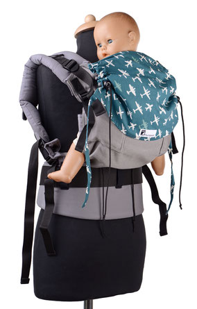 soft structured babycarrier, adjustable panel, made from wrap fabric, well padded straps, ergonomic hipbelt
