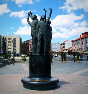 Escultura en Bronce fundida por Esfinge. Ampliación del Modelo www.poliespan.com