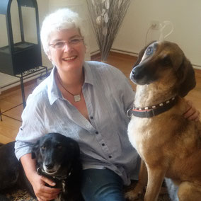 Susanne Rohrbach mit Pippa und Athena
