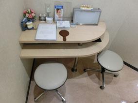 川崎市多摩区登戸・向ヶ丘遊園にあるカワシマ歯科医院のカウンセリングルーム