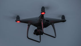 Nachtflug einer DJI Phantom 4 Pro Plus, Foto: bonnescape