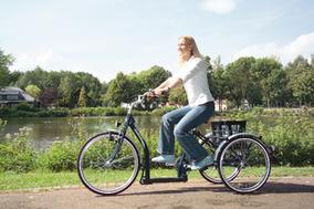 Sessel- und Shopping-Dreirad für Frauen