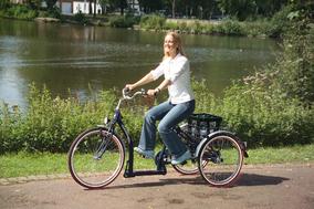Fahren mit einem Dreirad für Erwachsene