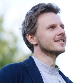 Dmitriy Solovjev - Familienlandsitzer und Ökodorfaktivist