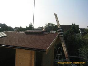 Garten Sauna selbst gebaut Blockhaus Holz Gartensauna Aufbau Dach