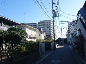 綱島西5丁目と隣接し、日吉本町4丁目などにも近い環境の住宅街です