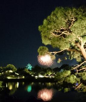岡山市の花火大会で撮ってきました。岡山の至宝「後楽園」からです!
