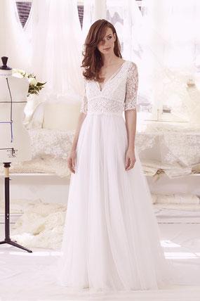 robe de mariée à manches en dentelle de calais