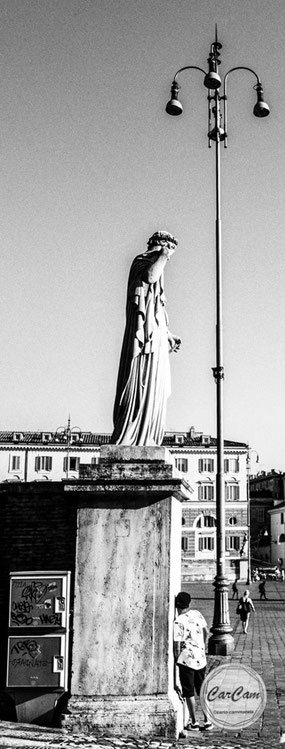 Rome, Roma, nabila, black and white, noir et blanc, art, street photography, CarCam