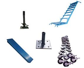 Manejamos los diferentes accesorios para andamio tubular tales como: Rodajas para andamio tubular con freno de seguridad, plataformas metálicas y de triplay para los andamios tubulares, tornillo regulable, base plana y escaleras internas para los andamios