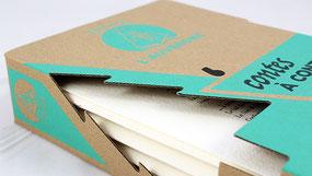 livrets de contes dans un coffret en carton sérigraphié