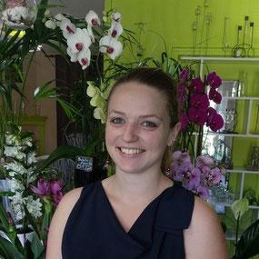Alicia Daniault, dans sa boutique Horten'Cia, fleuriste à Lezay membre de l'Ucal