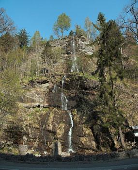 "source: © Kassando; title: ""The Romker Hall Waterfall in the Oker Valley"", Wikimedia.org"