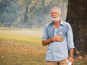 Factor de riesgo por edad avanzada