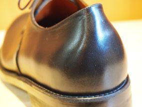 シームレスヒール 靴