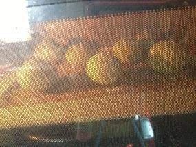 中島菜のパン焼成中