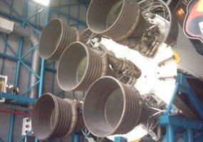 F-1 Triebwerke einer Saturn V