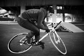 Trucos para fixie: surplace