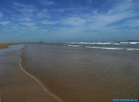 Le grand BLEU - blau in allen Nuancen - blauer geht nicht.  ET.Voilà Sprachferien in Essaouira am Atlantik in Marokko