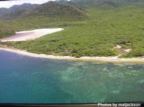 Playa Los Cocos Buen Hombre (Photos by matjackson)
