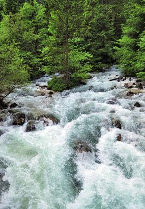 Die Savica im Triglav-Nationalpark (Slowenien) [Foto: Michael Gäbler (bearbeitet von Protect), CC BY 3.0]