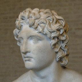 Le grand conquérant Alexandre le grand avait été annoncé dans les prophéties de la Bible, dans le livre de Daniel. Il est la grande corne du bouc qui, en se brisant, laisse la place à 4 successeurs qui ne sont pas ses descendants.