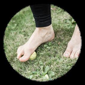 Symbolfoto: Fußmassage; Workshop für gesunde Füße; MANYO Yoga; Yoga für gesunde Füße