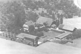 Aufnahme vom Hof Ebnet in 1975