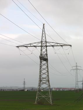 Hochspannungsleitung_Magnetfeld_elektrisches Feld_Kilovolt_Elektrosmog