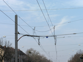 Bahnoberleitungen_Magnetfeld_Strom_Kilohertz_Migräne_Kopfschmerzen