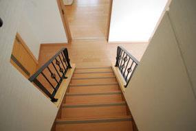 鉄職人のアイアン仕事は正確!ピッタリ階段に合う手すり