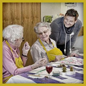 Pflege Hochdorf: Fröhliche Senioren