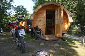 Schlaftonne auf dem Camping in Uelzen