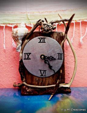 reloj mesa, reloj madera, madera de mar, driftwood clock, driftwood art, vymcreaciones.com, driftwood, etsy