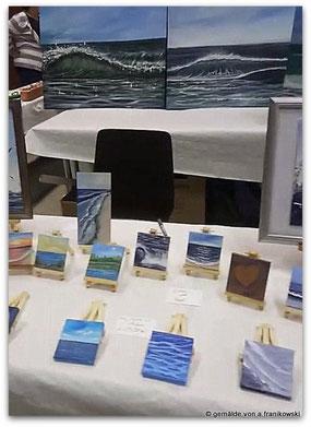 Meerbilder, Gemälde in einer Ausstellung auf einem Künstler und Handwerkermarkt in Köln