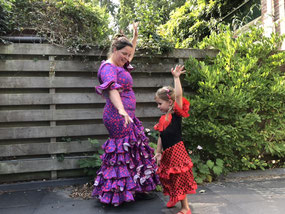 Happy-Nes Kindercoaching geeft flamencoles