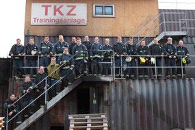 Die Teilnehmer der diesjährigen Realbrandausbildung (Foto: Thomas Schenk Huberty)