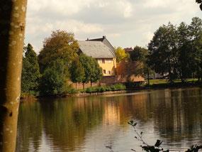 Gustavsburg (Jägersburg = Homburg Nord) mit Schlossweiher c) E. Gelzleichter
