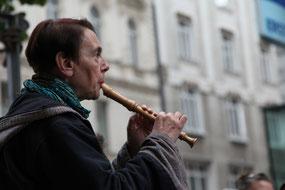 Thessi mit Flöte