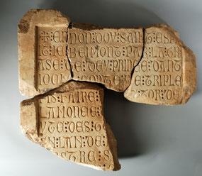 Inscription en vieux français - XIIIe siècle