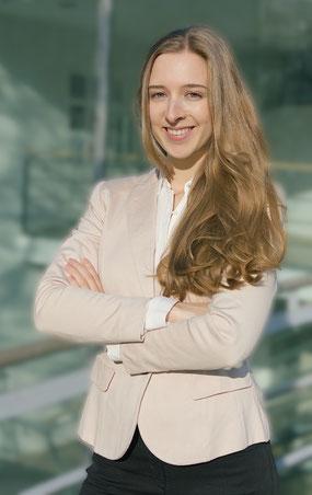 """Larissa Wagner, Dozentin des Seminars """"Führung im digitalen Zeitalter"""""""