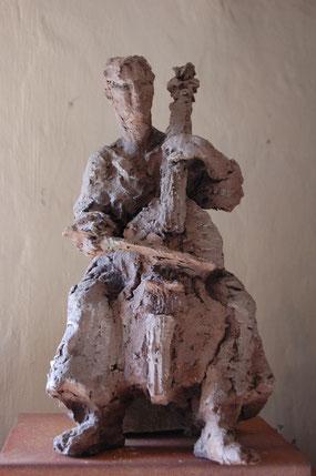 de gambaspeelster', gemaakt naar Florence, h.50 cm