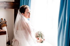 Braut beim Paarshooting im Heide Hotel Reinstorf in der Lüneburger Heide