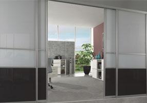 Raumhohe Schiebetüren ohne Schwelle als Raumteiler, Innentürersatz oder Schranktüren (Doralux)