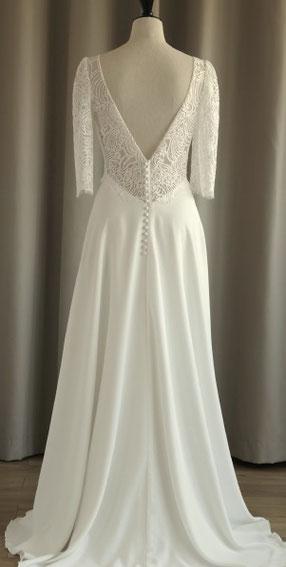 robe de mariée décolleté dos nu fabrication francaise dentelle de calais région parisienne