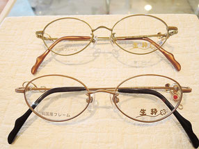 レンズが小さく優しい印象を与えるメガネ。小顔の方にオススメです
