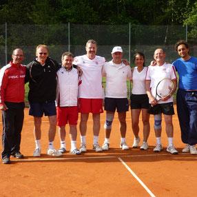 Tennis in Bodenmais im Bayerischen Wald, Tennisschule, Saisonvorbereitung, Gruppenkurse, Camps