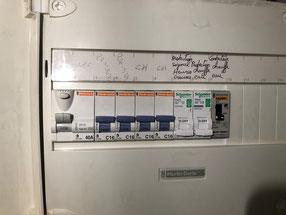 Pose de contacteur heures creuses pour chauffe eau electrique rue prosper gresy a marseille 13006