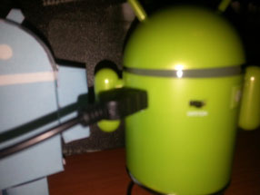 Robot Android Altavoz 5